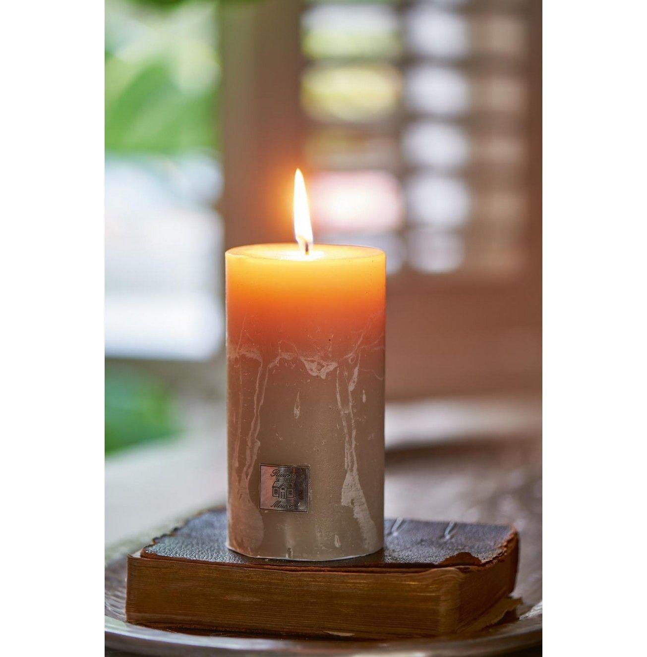 Svíčka Rustic Candle desert sand 7x13 cm