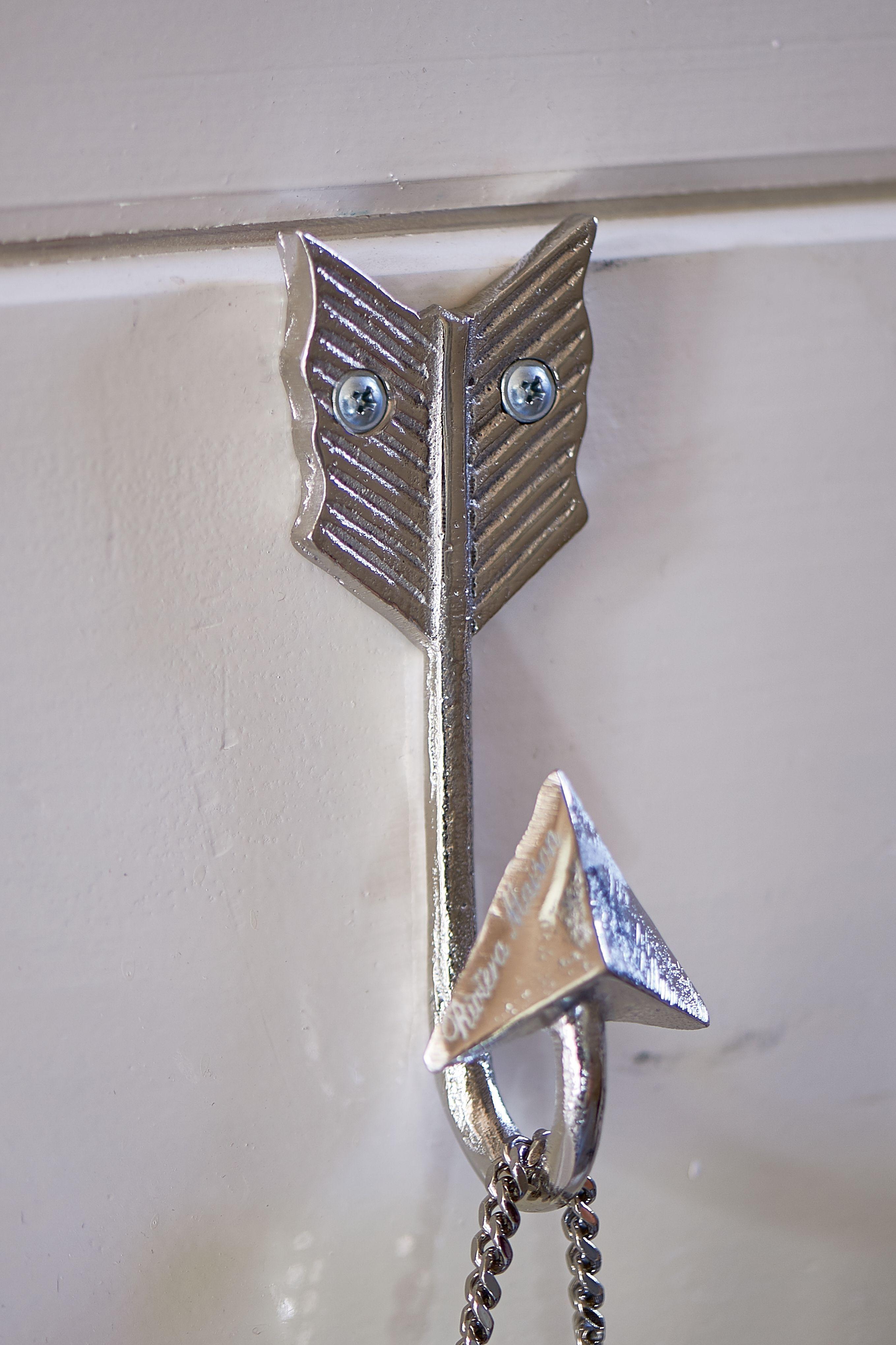 Háček Arrow S