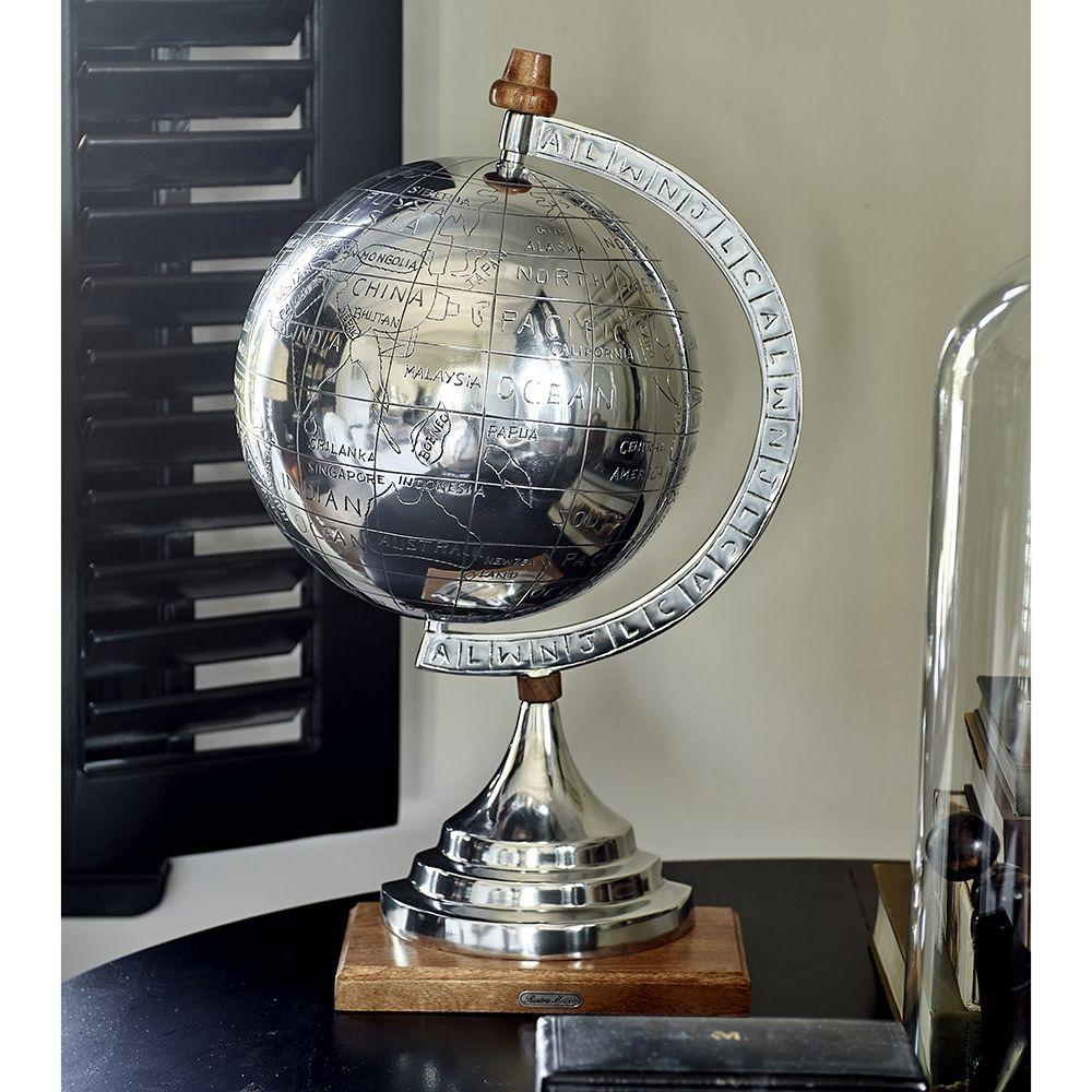 Dekorácia Globe Statue