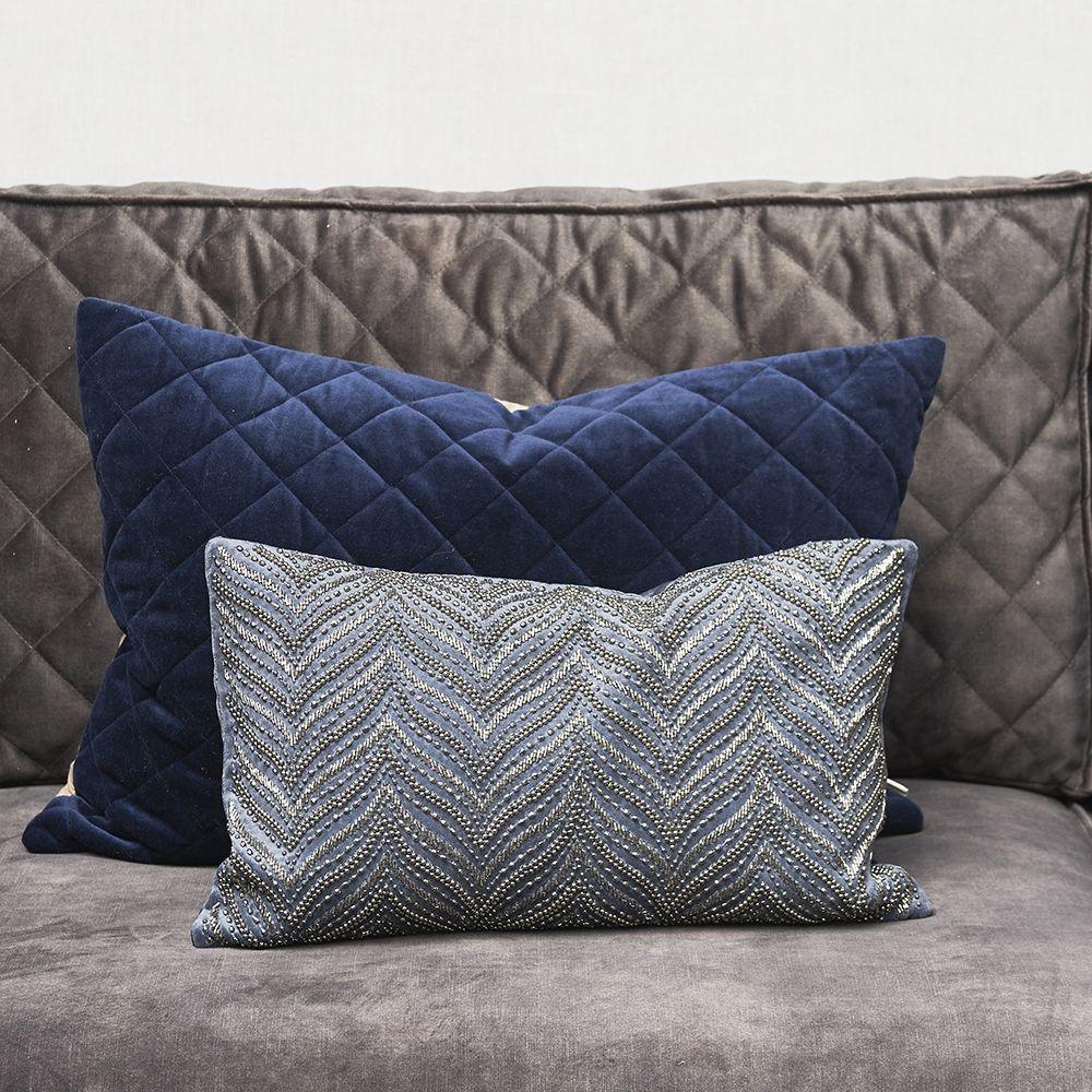 Návlek na vankúš Precious Imperial Velvet Pillow Cover midnight blue 50 x 30