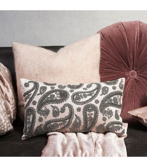 Návlek na vankúš Precious Paisley Velvet Pillow Cover soft pink 50 x 30
